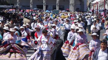 Arequipa, vom Schweinebrötchen & etwas Karneval