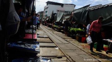 Tagesausflug von Bangkok, der Maeklong Railway Market