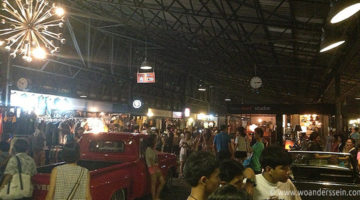 Rod Fai Night Market in Bangkok