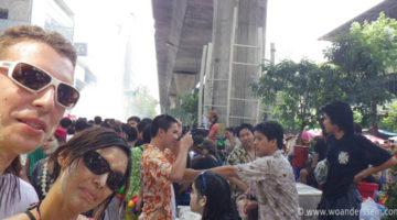 Verrückte Wasserschlachten zu Songkran in Bangkok