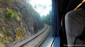 Mit dem Zug Overland von Adelaide nach Melbourne