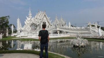 Osama & George im weissen Tempel von Chiang Rai